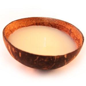 vanilla geurkaars in kokosnoot